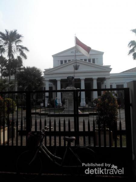 Yuk, Intip Koleksi Museum Nasional Di Jakarta