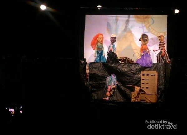 Wayang Sampah, Atraksi Keren Dari Limbah Bekas Di Yogyakarta