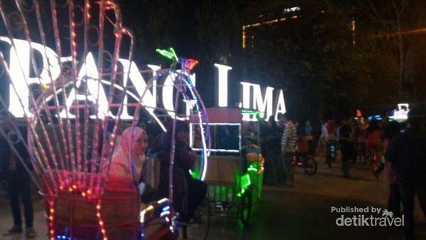 Simpang Lima, Pusat Jajanan Asyik Di Semarang