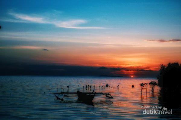Inikah Sunset Terindah Di Pulau Arborek Raja Ampat?