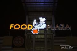 Dijamin Enak, Wisata Kuliner di Food Park PIK