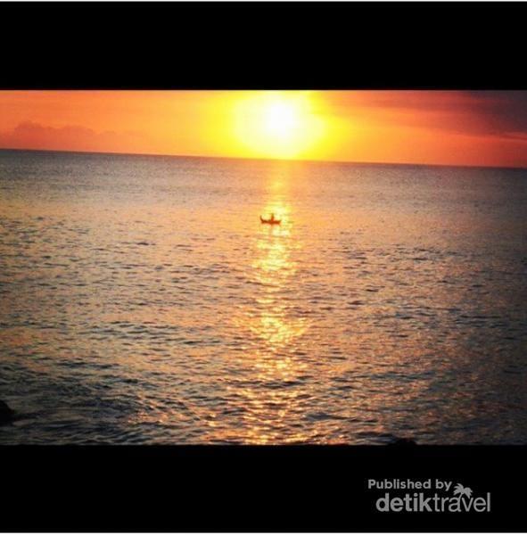 Nikmat Tuhan Yang Tiada Tara, Sunset Di Nusa Lembongan