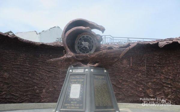 Kisah Pilu Di Museum Tsunami Aceh