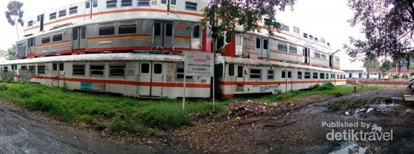 Kuburan Kereta Api Yang Instagenic Di Purwakarta