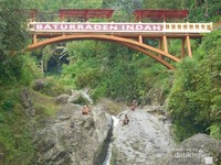 Air terjun di Baturaden