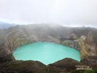 Danau Tiga Warna Kelimutu yang Mendunia
