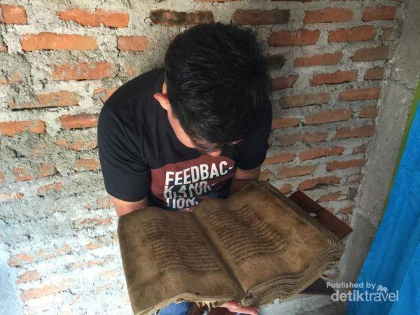 Konon, Al Quran Kulit Kayu Tertua Se-Asia Ada Di Alor