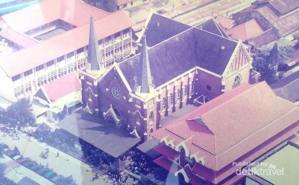 Gereja Kepanjen, gereja tertua di Surabaya