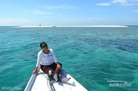 Karang Sauh. Gusung ini adalah gusung yang paling dekat dengan pesisir Balikpapan. Di Gusung tersebut terdapat mercusuar untuk menavigasi kapal-kapal yang melewati perairan Selat Makassar