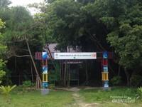 Gerbang masuk pulau Sangalaki, kepulauan Derawan