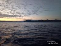 @ Kapal, perjalanan dari Labuan Bajo menuju Pulau Padar
