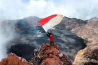 Puncak Gunung Raung, 3442 meter di atas permukaan laut