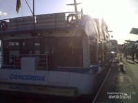 Kapal Concordia dengan harga tiket Euro 16 untuk penumpang dewasa