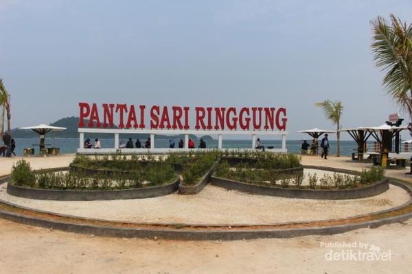Inilah pantai Sari Ringgung yang cantik