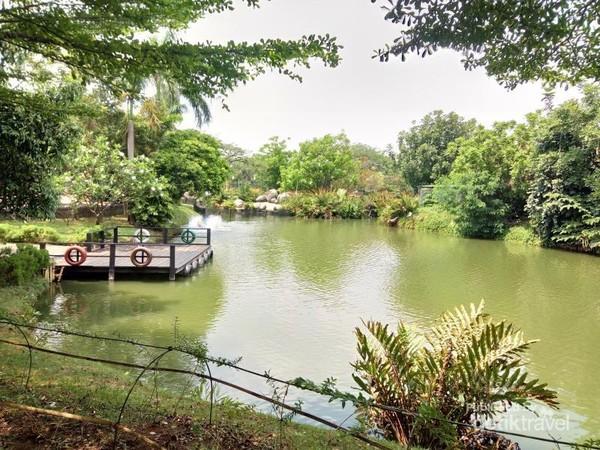 Danau di Allianz Ecopark Ancol