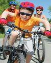 Pakai Helm Ketika Bersepeda