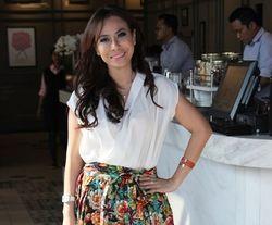 Riana Bismarak, Mantan Direktur yang Sukses Jualan Baju di Bawah Rp 100 Ribu