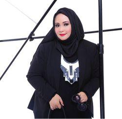 Hannie Hananto dan Pengalaman Diminta Inneke Koesherawati Desain Baju