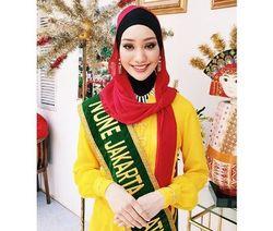 Mengenal Vina Muliana, Pemenang None Jakarta Pertama yang Berhijab