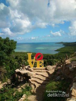 Romantisnya Bukit Cinta Karimunjawa