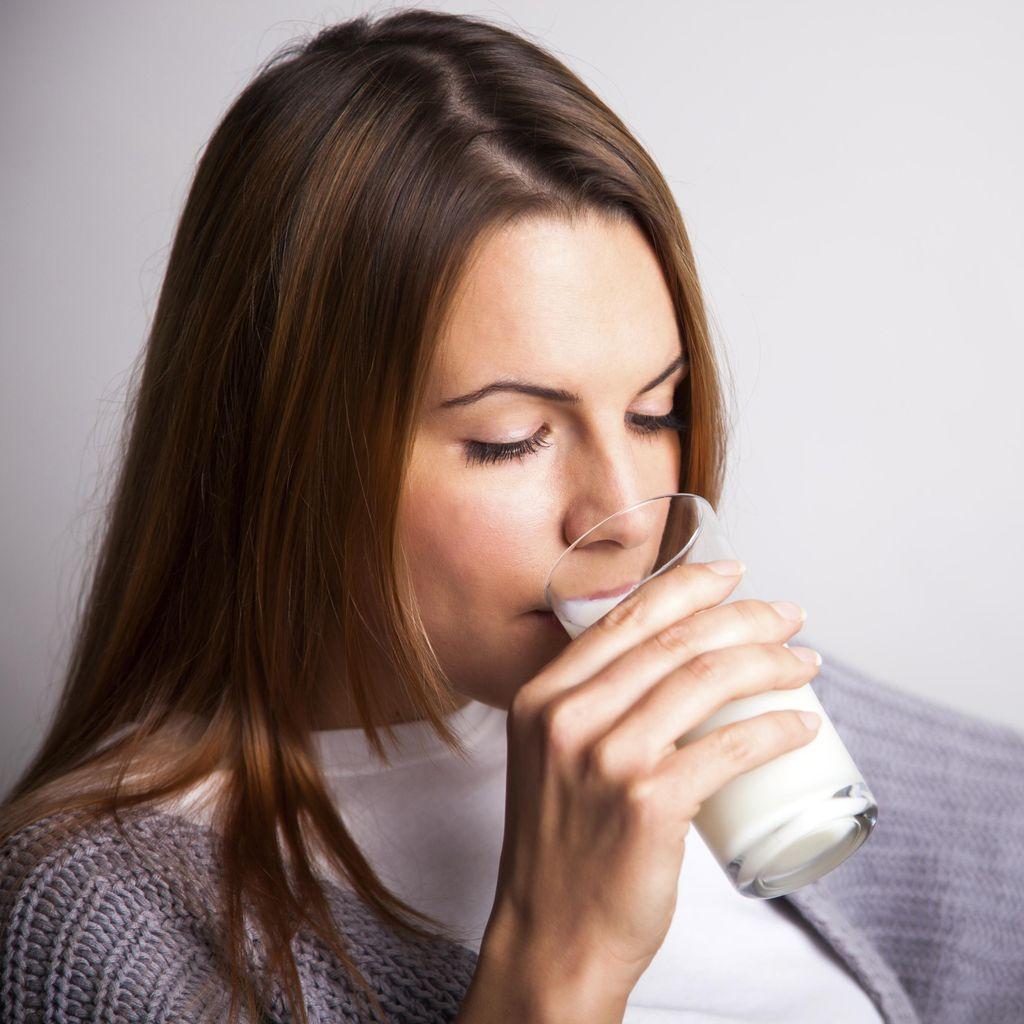 Demi Tubuh Ramping, Sehatkah Berbuka Puasa Hanya dengan Susu?