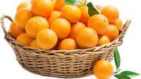 Satu jeruk mengandung 4 gram serat dan juga rendah kalori. Jeruk juga memiliki flavanol di dalamnya yang bertindak sebagai pencahar. (Foto: Thinkstock)