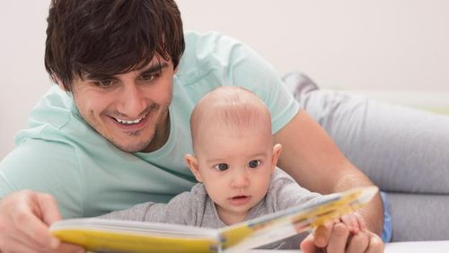 Studi: Bayi Bisa Cepat Belajar Jika Ayahnya Banyak Berperan