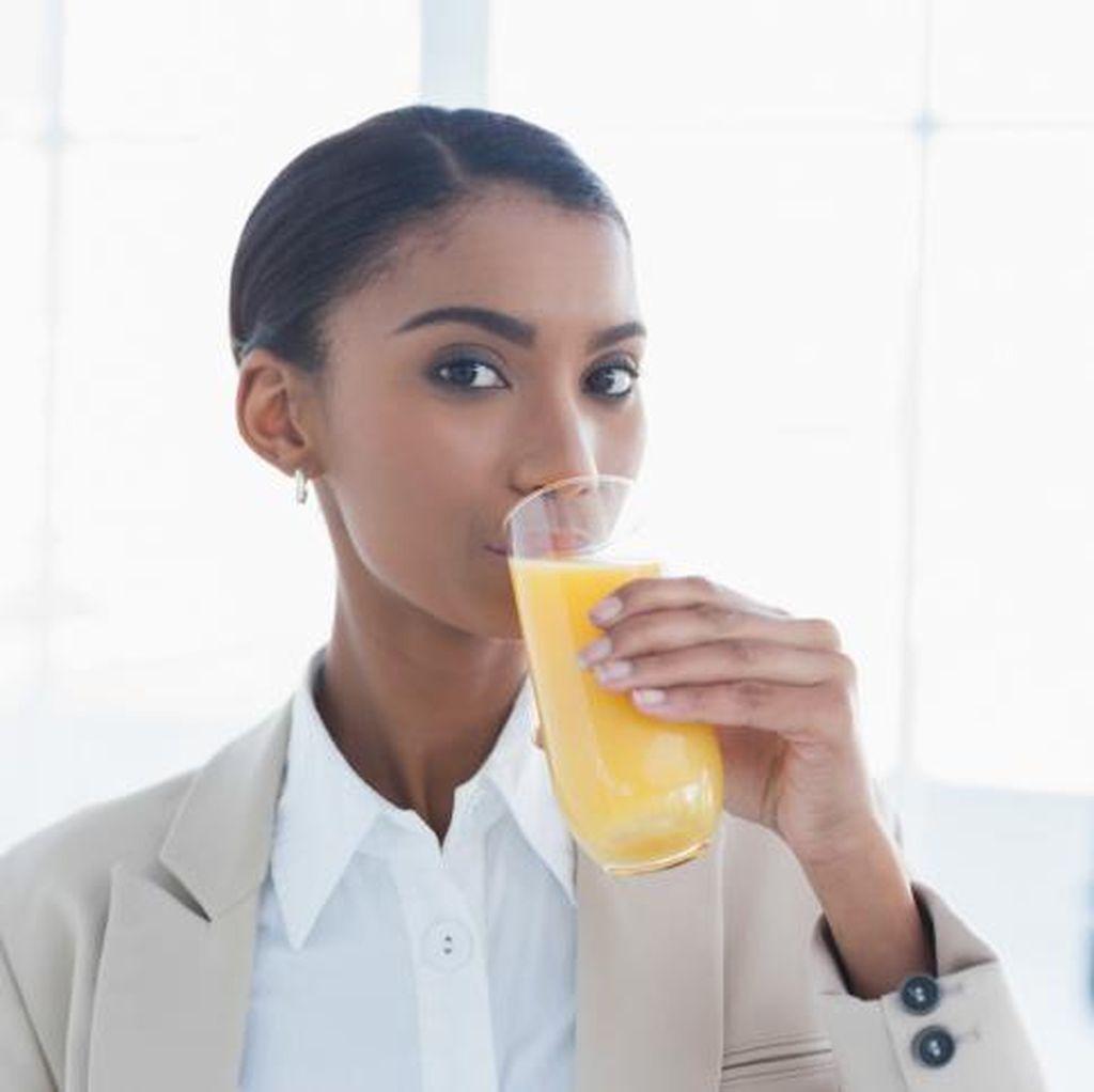 Efek Negatif Cuma Minum Jus Seharian Demi Punya Tubuh Langsing