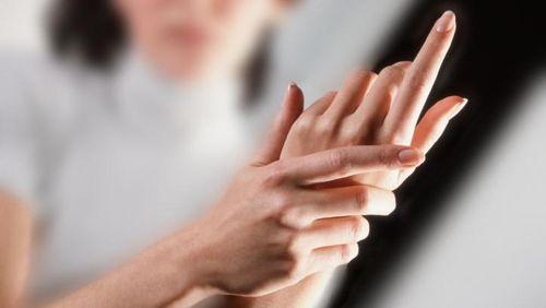 Cedera Pergelangan Tangan, Bagaimana Mengobatinya?