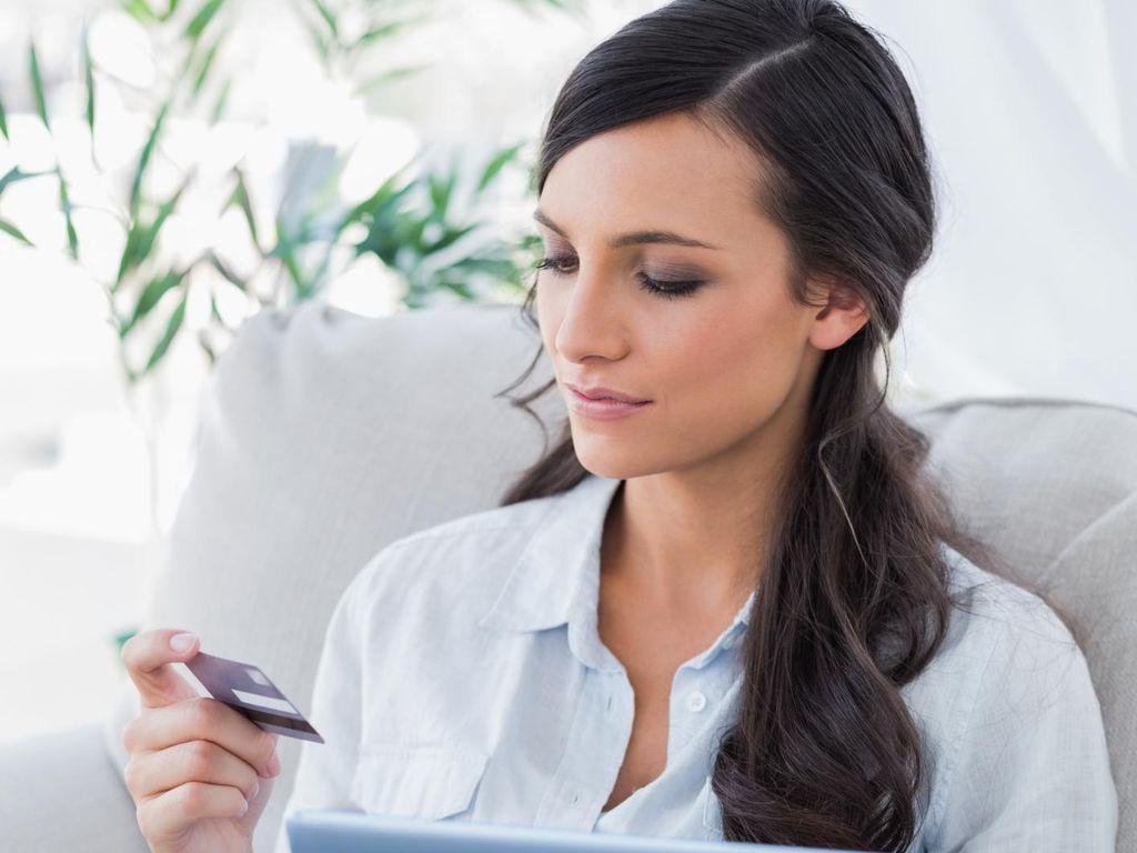 Bingung dengan Keadaan Ekonomi Keluarga Saat Suami Tidak Bekerja