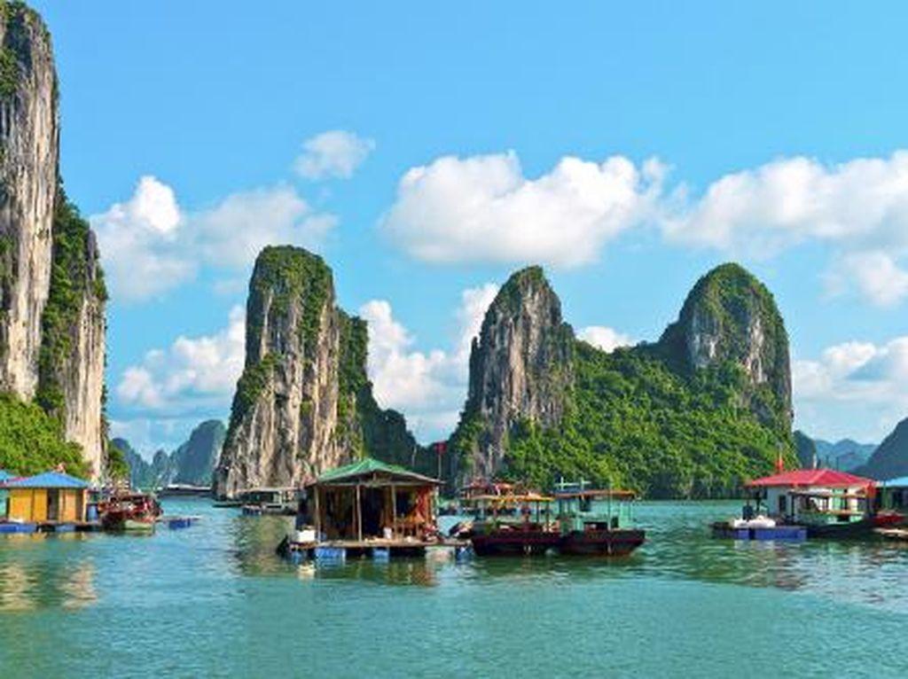 Ha Long Bay VS Van Long di Vietnam, Cantik Mana?