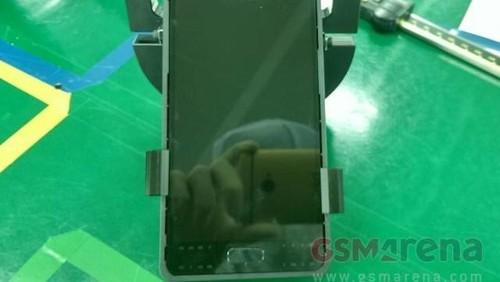 Mirip Galaxy S6, Inikah Tampang Galaxy S7?