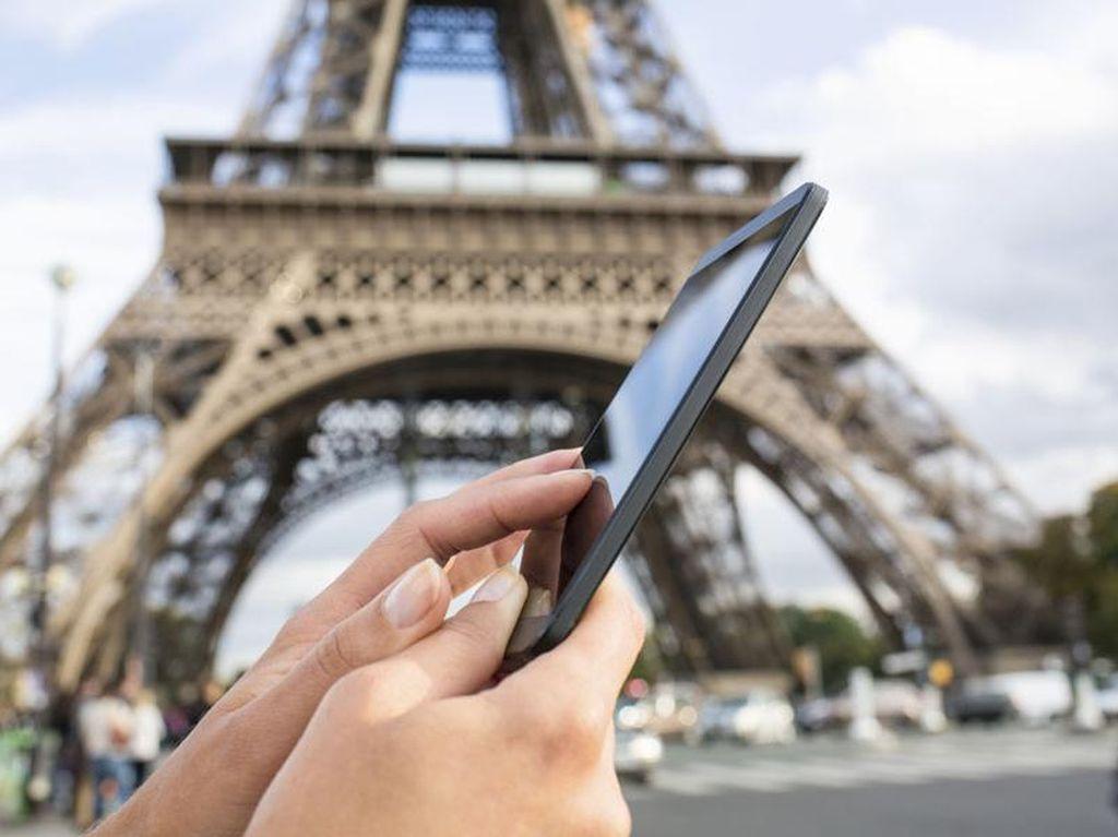 5 Godaan yang Bikin Kamu Ingin Pegang Ponsel Saat Liburan