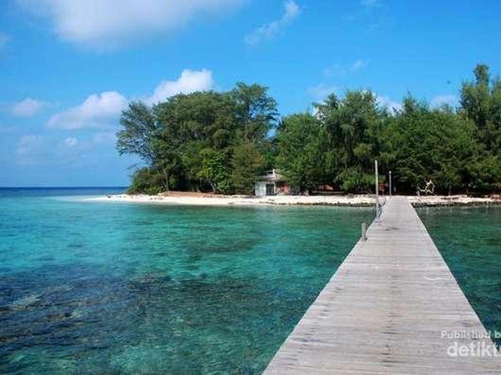 Island Hopping ke 4 Tempat Ini, Dijamin Lupa Ponsel