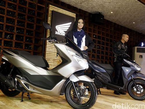 Dua Warna Baru Skutik Honda PCX dan Vario 150 eSP