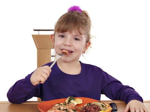 Nutrisi Si Kecil Tak Seimbang, Bagaimana Solusinya?