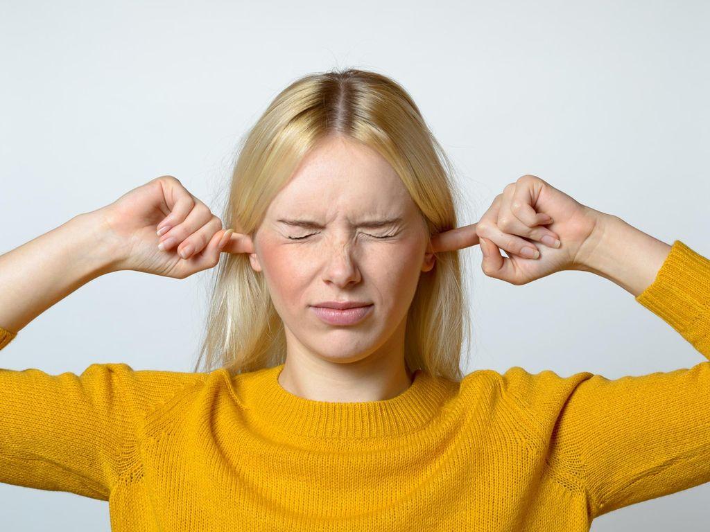 4 Gejala Anda Alami Gangguan Pendengaran dan Ketulian