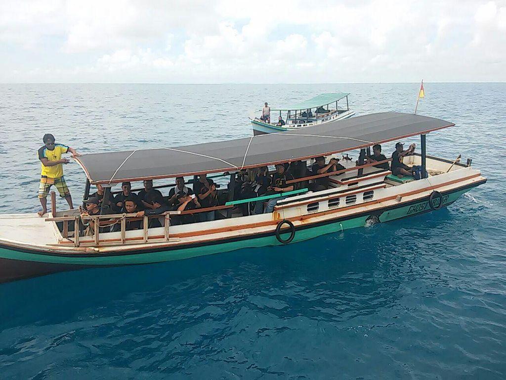 Usai Gerhana di Belitung, Lanjut Island Hopping di Pulau Lengkuas