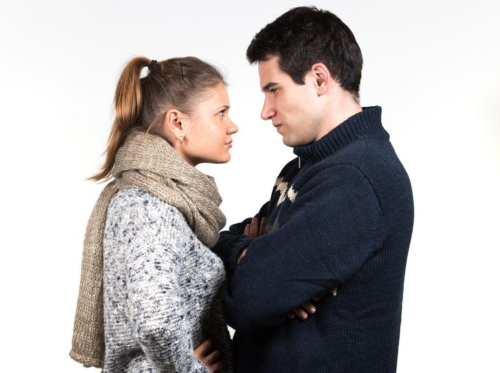 Tidak Direstui Ortu Karena Kekasih Kasar, Pantaskah Hubungan Dipertahankan?