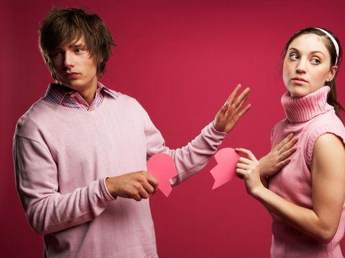 Wajarkah Istri yang Selalu Cemburu pada Suaminya?