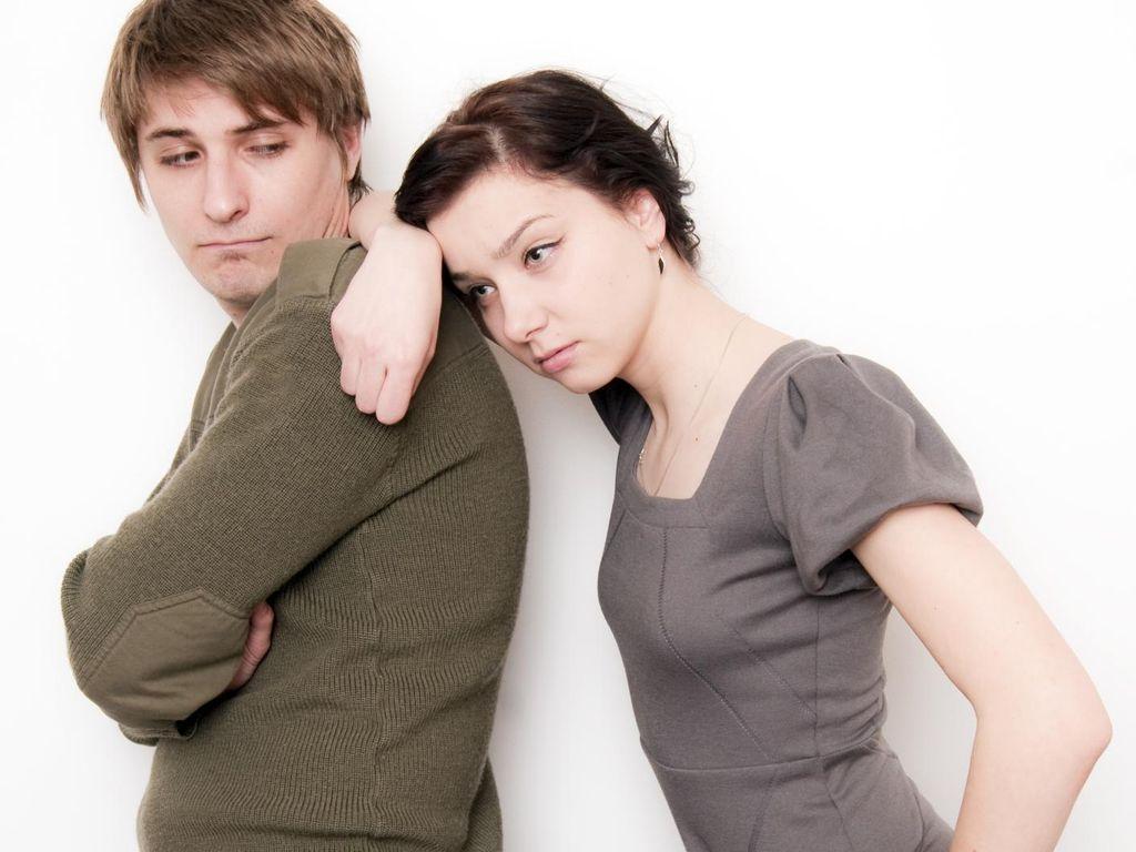 Pasangan Suka Menyayat Tangan Saat Bertengkar, Ada Apa?