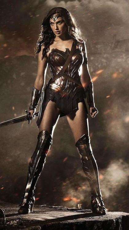 Foto: Evolusi Kostum Wonder Woman, dari Bergaya Patriot Sampai Mirip Xena