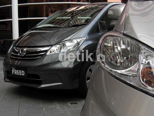 Honda Freed Diskontinu, Toyota Sienta Melenggang Sendirian