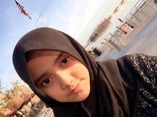 Wirda Mansur, Putri Yusuf Mansur yang Berhenti ke Sekolah demi Hafal Al-Quran