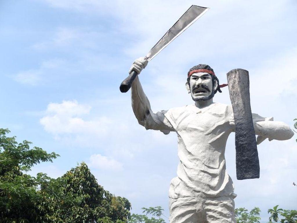 Mampir ke 6 Patung Pahlawan, Biar Makin Cinta Indonesia