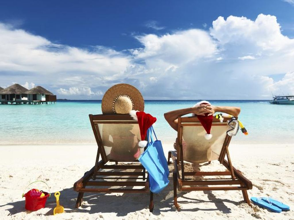 Traveler-traveler yang Menyebalkan di Pantai
