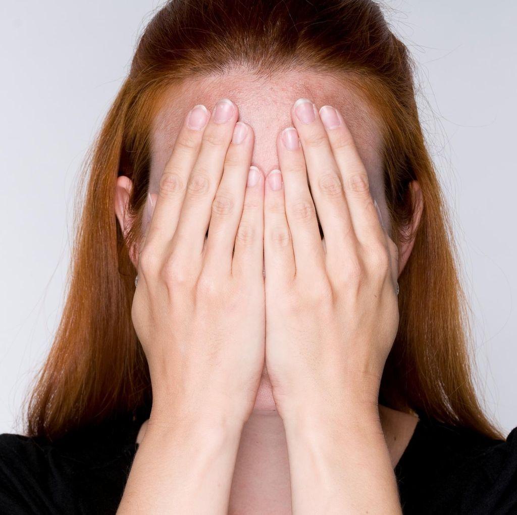 Tersiksanya Wanita Ini Gara-gara Kecanduan Mengkhayal
