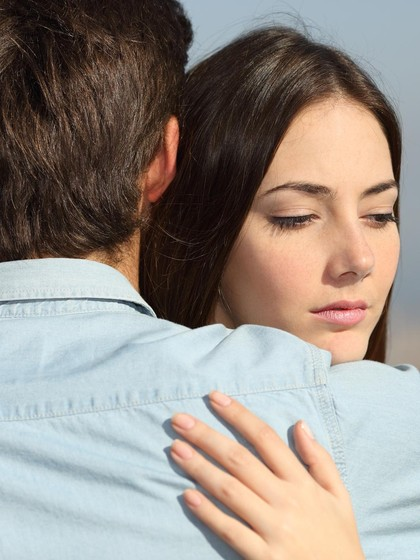 Mengatasi Trauma Menjalin Asmara Pasca Gagal Menikah