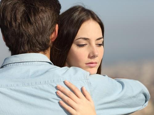 Kekasih Selalu Alasan Sibuk Setiap Minta Bertemu, Seriuskah dengan Hubungan?