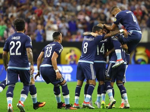 """""""Bandar Bola - Argentina Kalahkan AS Dengan Skor 4-0"""""""
